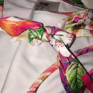 H&M Swim - Floral push up bikini